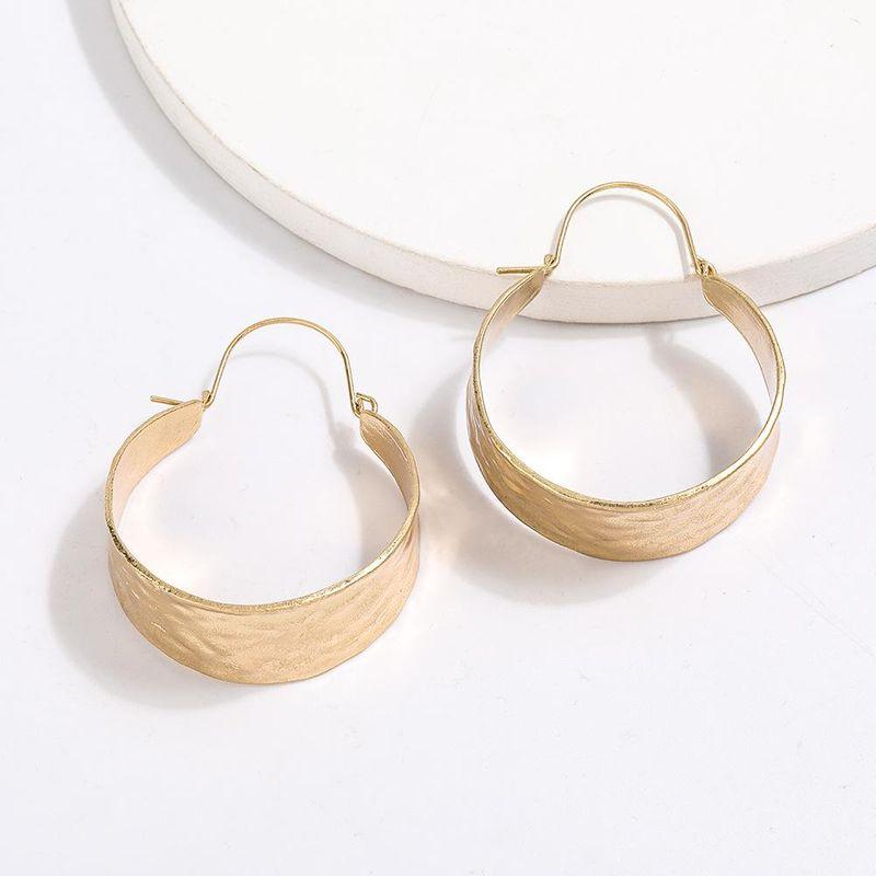 Creative minimalist wide edge round alloy ear hanging earrings retro simple geometric earrings NHJE204581