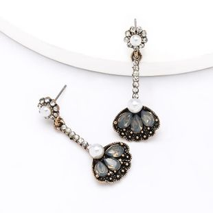 Fashion alloy acrylic diamond flower earrings Korean earrings wholesale NHJE204582's discount tags