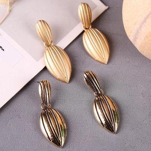 Korean cute metal geometric delicate leaf earrings NHLA204605's discount tags