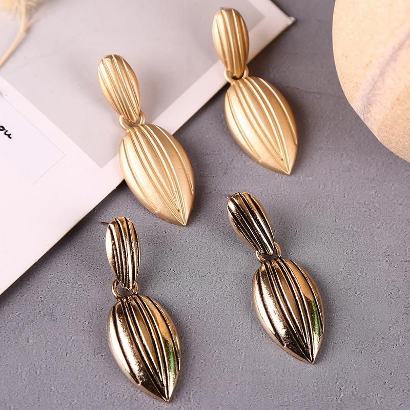 Korean cute metal geometric delicate leaf earrings NHLA204605