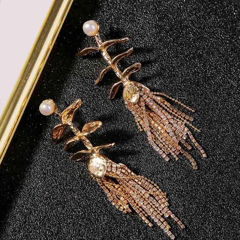 New long metal retro tassel earrings for women wholesales fashion NHLA204612