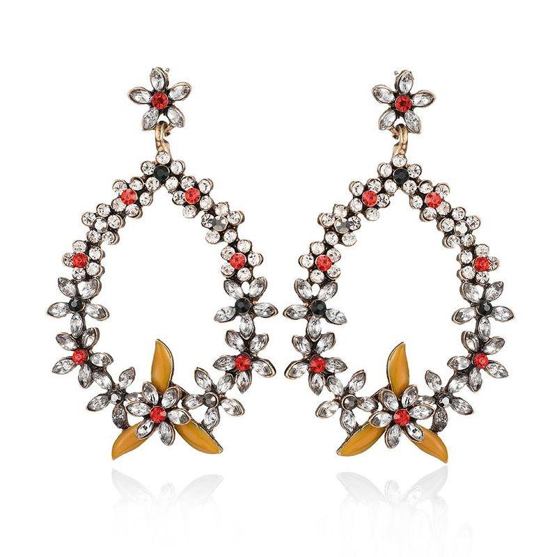 Korean new alloy earring fashion wild geometric drop type diamond flower earrings wholesale NHMD204666