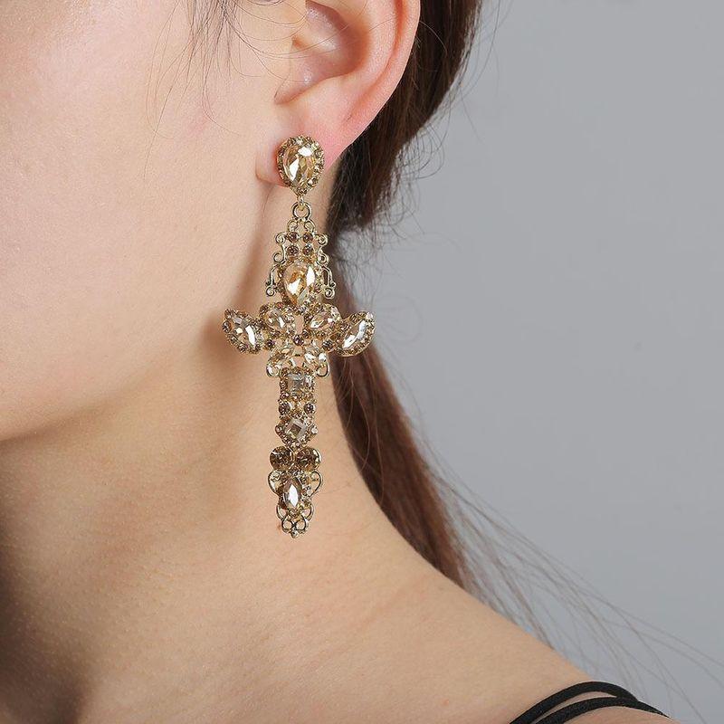 New fashion cross diamond retro palace hollow wild fresh earrings wholesale NHJJ204704