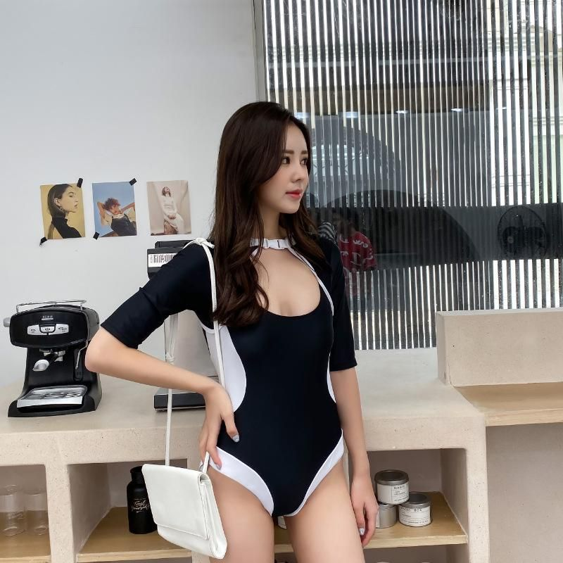 New Long Sleeve One-piece Covered Black and White Mosaic Swimsuit Wholesale NHHL204958