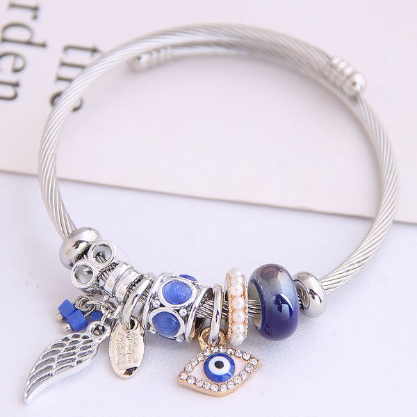 Fashion Metal Angel Wings Demon Eye Pendant Multi-Element Accessories Bangle NHSC205081