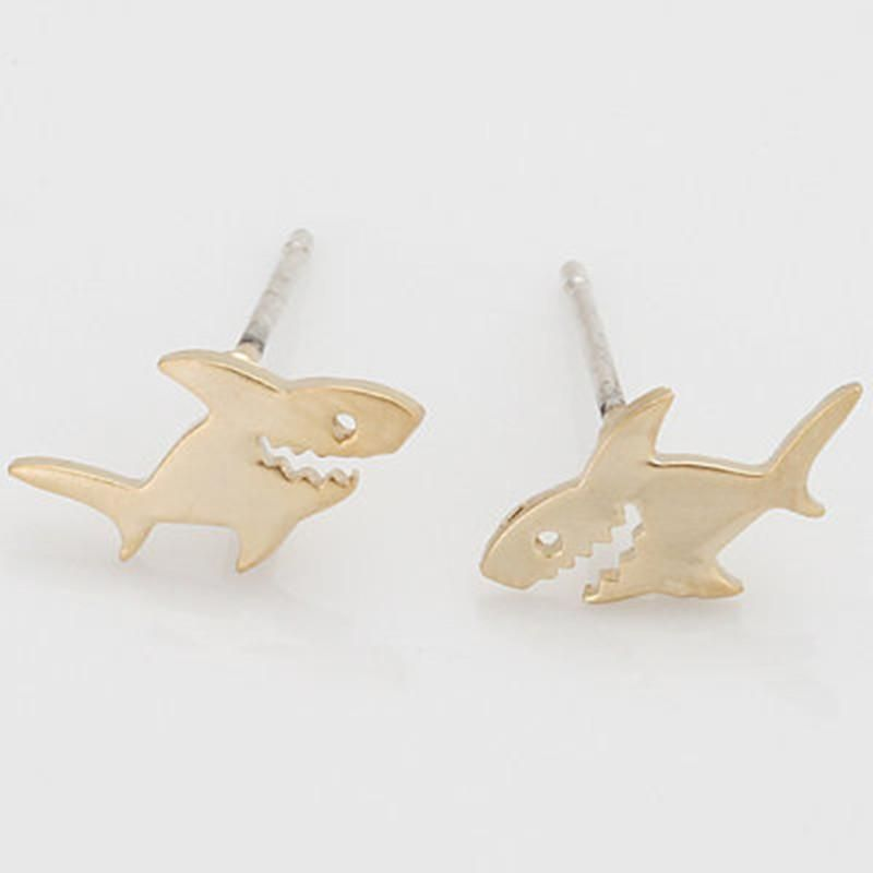 New fashion small shark alloy color retaining electroplated animal earrings shark earrings wholesale NHCU205070