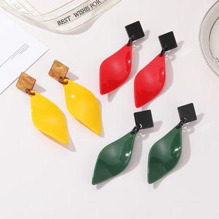 Nuevos pendientes coreanos Pendientes de hoja de sauce tricolor para mujeres al por mayor NHJJ205197's discount tags