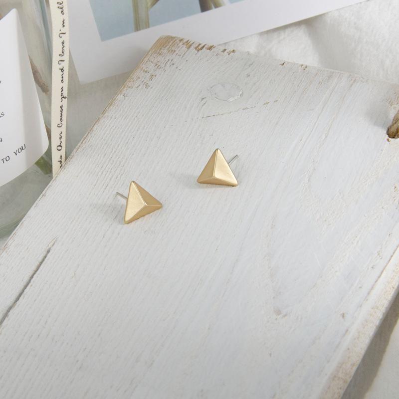 New jewelry three-dimensional triangle earrings simple S925 silver pin earrings women NHQS205259