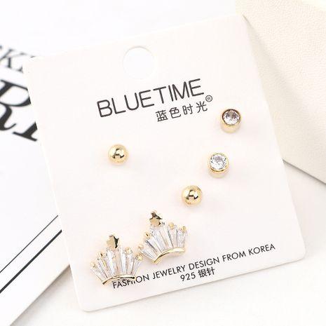 Nouvelle mode plaqué or petite couronne S925 boucles d'oreilles en argent ensemble en gros NHPS205266's discount tags