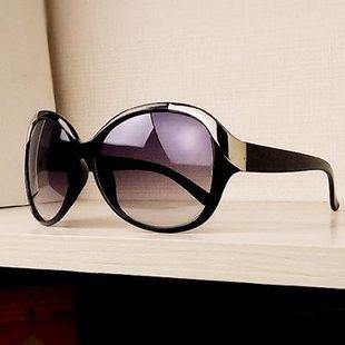 Nuevas gafas de sol cuadradas de metal con gafas de sol redondas y redondas al por mayor NHXU205415's discount tags
