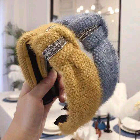 Korean new style hair accessories knitted plush knotted diamond wide edge wide edge cheap hair hoop wholesale NHSC205680's discount tags