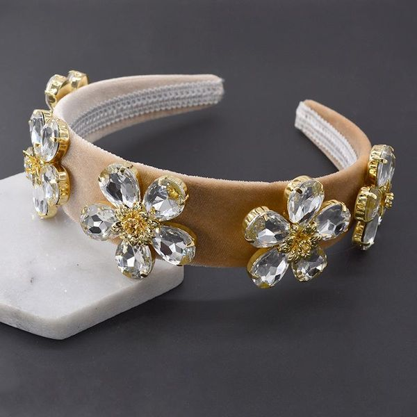 Fashion Baroque Crystal Flower Headband Wholesale NHNT199799