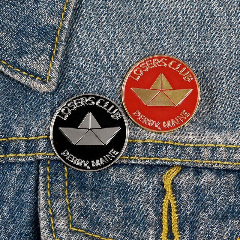 Black Red Round Enamel Club Brooch Shirt Lapel Backpack Boat Punk Vintage Badge NHBO199823
