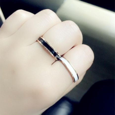 New 18k rose gold fashion black and white drip oil drip rubber ring for women NHIM199963's discount tags
