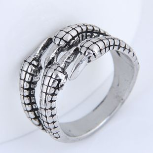 Yiwu jewelry wholesale fashion paw retro simple ring NHSC206205's discount tags