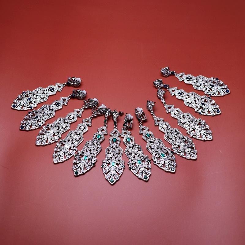 New Fashion Retro Hollow Metal Bottom Diamond Ear Studs Long Metal Ear Studs Wholesale NHOM206066