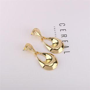 New artistic sense hollow earrings atmospheric bright gold geometric metal studs wholesale NHQS206075's discount tags