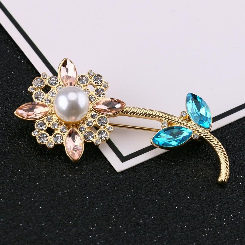 New Fashion Mini Brooch with Diamonds Fashion Jewelry Brooch Wholesale NHQS206076