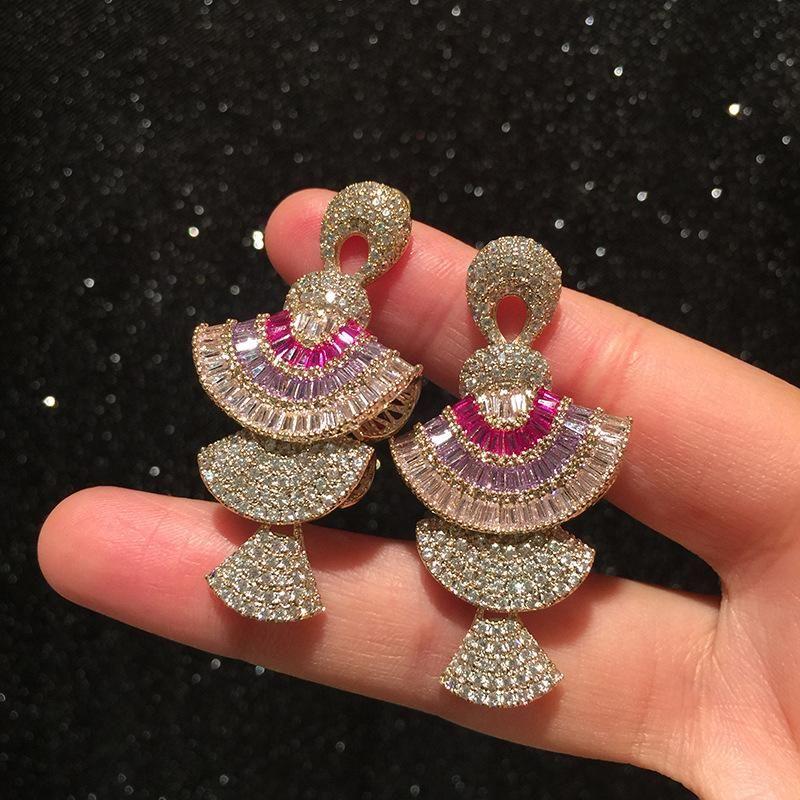 Scallop Earrings Round Face Earrings Light Luxury Micro-Set Zircon Three-dimensional Gradient Purple Pink Skirt Earrings NHWK206104