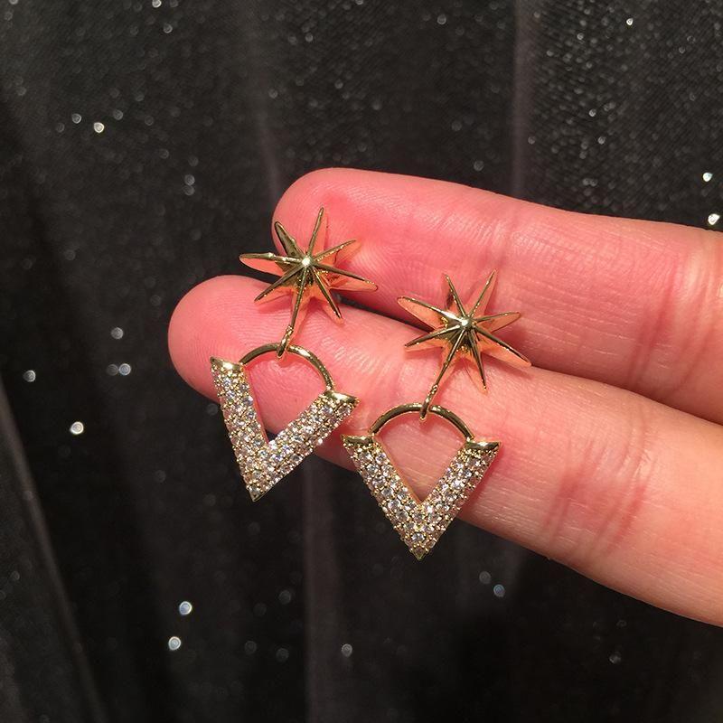 Bamangxing earrings Mi word simple letters earrings simple compact S925 silver needle V-shaped earrings NHWK206131