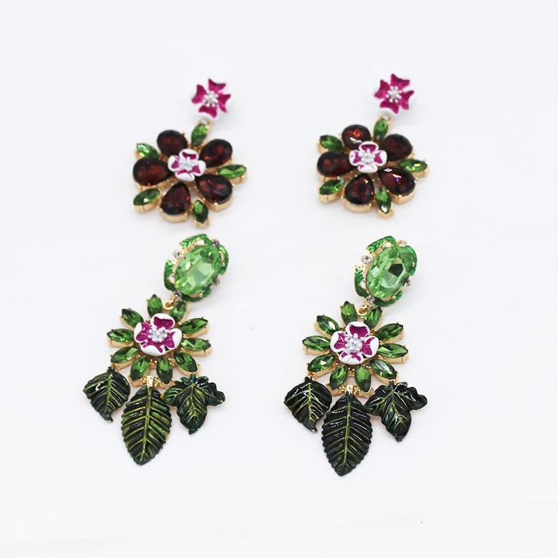 New Baroque Earrings Gem Long Exaggerated Luxury Retro Court Wind Earrings NHWJ200408