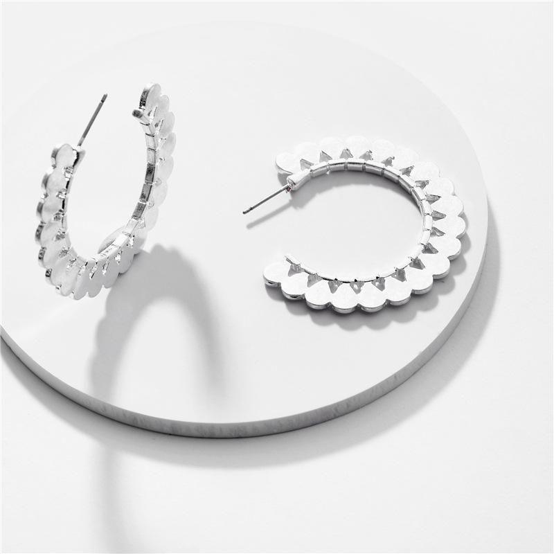 Fashion women's earring wholesale alloy fan-shaped hollow flower female earrings new NHLU200432