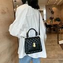 New trend Korean fashion rhombus portable messenger bag shoulder small square bag wholesale NHTC200530