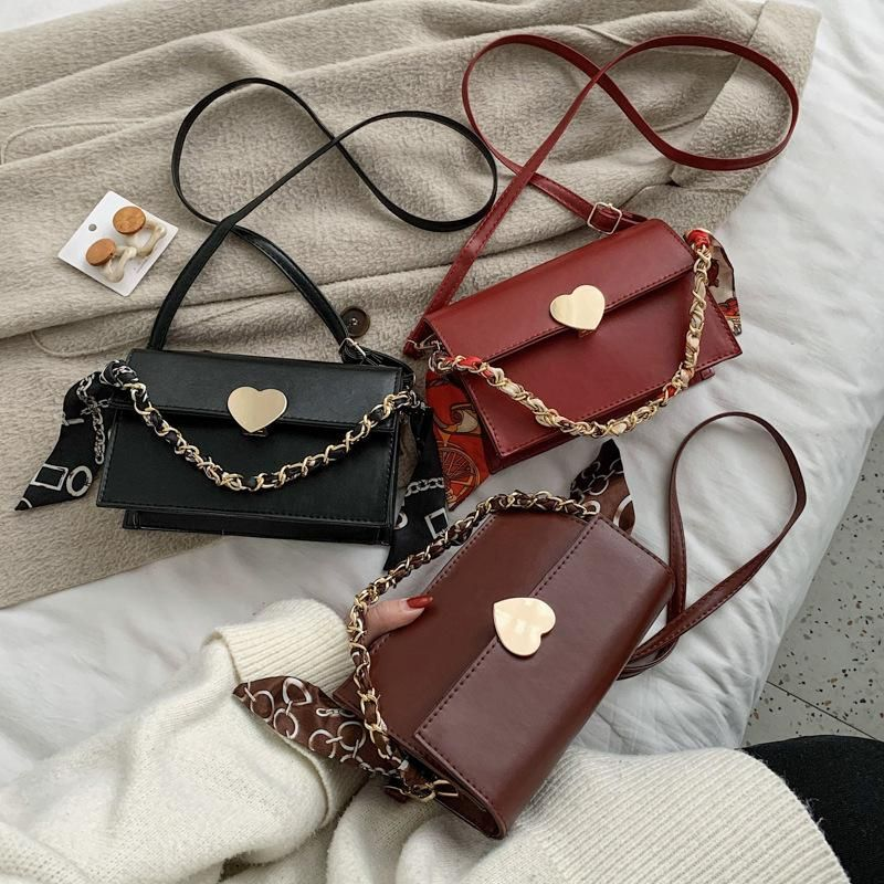 Love lock handbags new trend retro shoulder Messenger bag female Korean  chain scarf small square bag NHXC200570