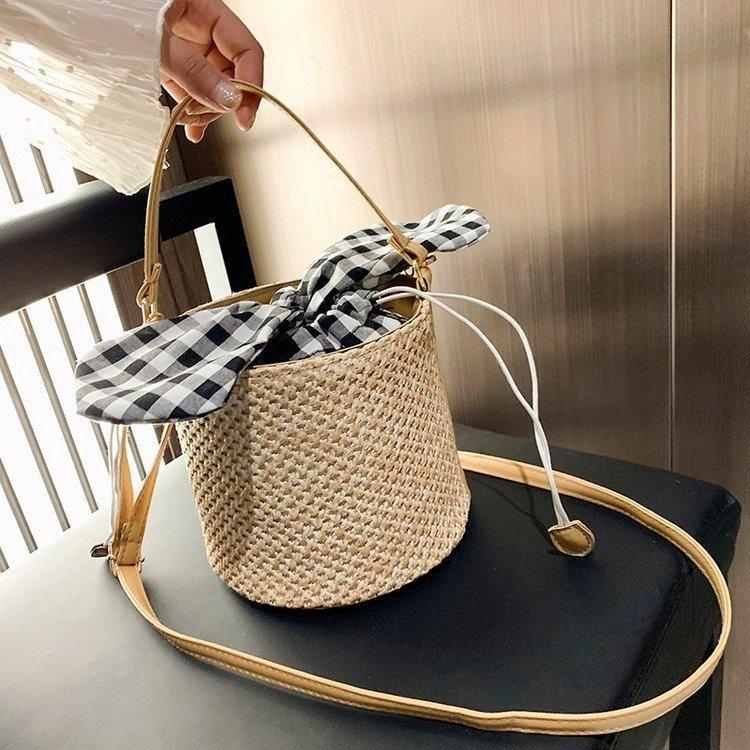 New Fashion Korean Woven Bucket Bag Wild Messenger Bag Wholesale NHXC200571
