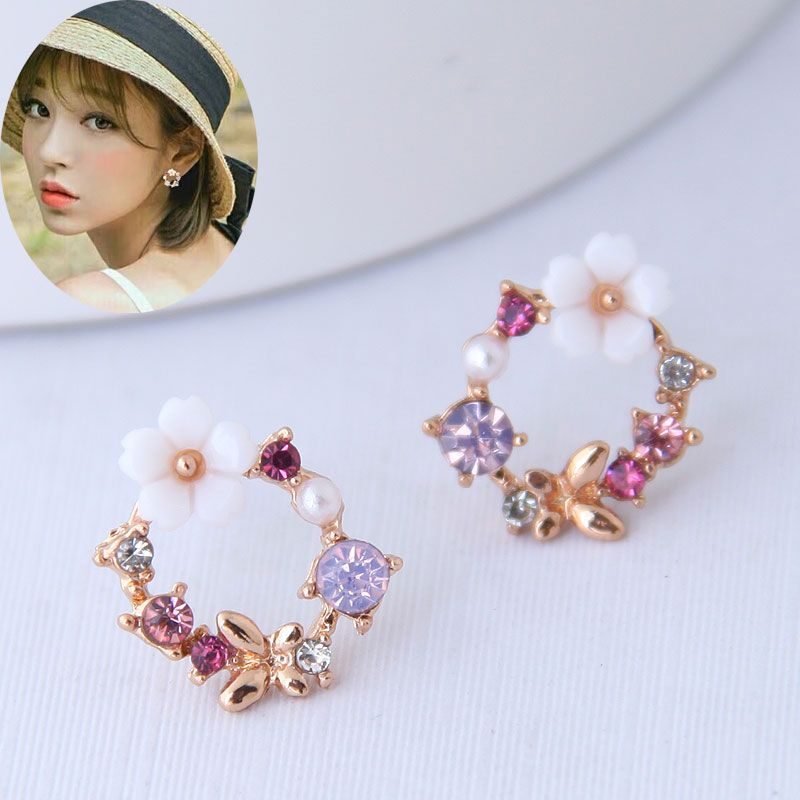 Korean fashion sweet OL simple butterfly dance women's earrings NHSC200877