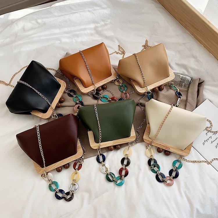 Spring New Women's Bag Korean Wood Clip Bag Fashion Acrylic Chain Handbag Shoulder Messenger Bag NHGA200671