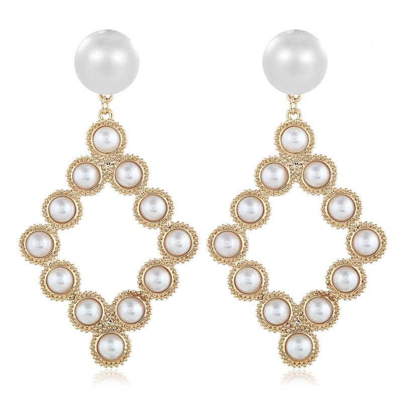 Fashion women's earring fashion Korean retro alloy pearl wild earrings wholesale NHVA201082
