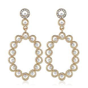 Exaggerated fashion alloy diamond earrings court vintage decorative diamond earrings wholesale NHVA201092's discount tags