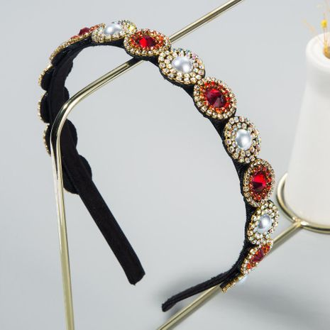 Korean new fashion inlaid pearl glass diamond baroque fine-edged cheap headband wholesale NHLN208134's discount tags