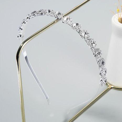 Korean new fashion thin-edged alloy diamond super flash headband small flower-shaped elegant cheap headband wholesale NHLN208146's discount tags