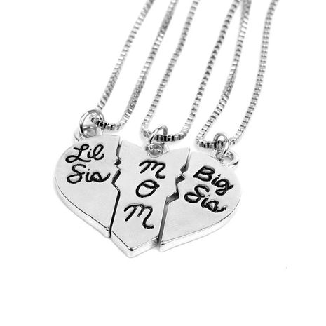New simple fashion mother's day gift three petal love stitching pendant necklace wholesale NHMO209167's discount tags