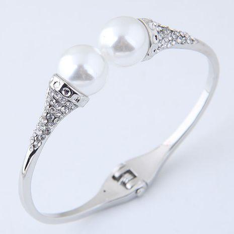 Bracelet d'ouverture de perles simple et élégant yiwu nihaojewelry en gros NHSC210062's discount tags