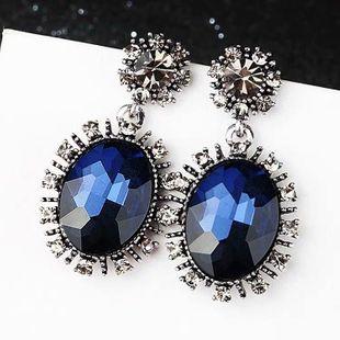 Moda retro barroco gemas preciosas pendientes exagerados yiwu nihaojewelry al por mayor NHSC210052's discount tags