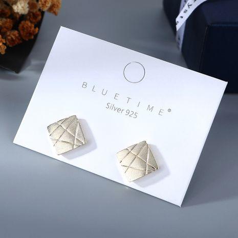 Nouvelle mode simple cent petites boucles d'oreilles carrées yiwu nihaojewelry gros NHPS210011's discount tags