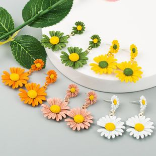 Small Daisy Painted Alloy Earrings Korean Girl Hyuna Color Sunflower Earrings NHLN210180's discount tags