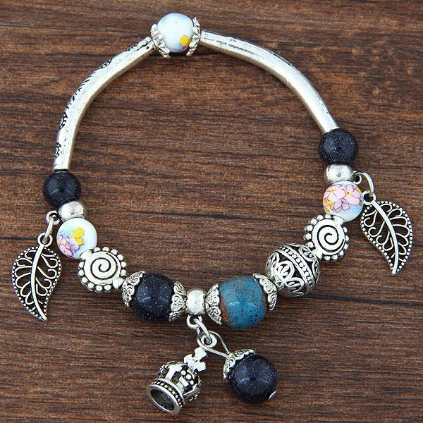 Fashion retro sweet simple leaf crown wild crystal stone bracelet yiwu nihaojewelry wholesale NHSC210462