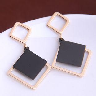 Boucles d'oreilles carrées simples de mode coréenne yiwu nihaojewelry gros NHSC210435's discount tags