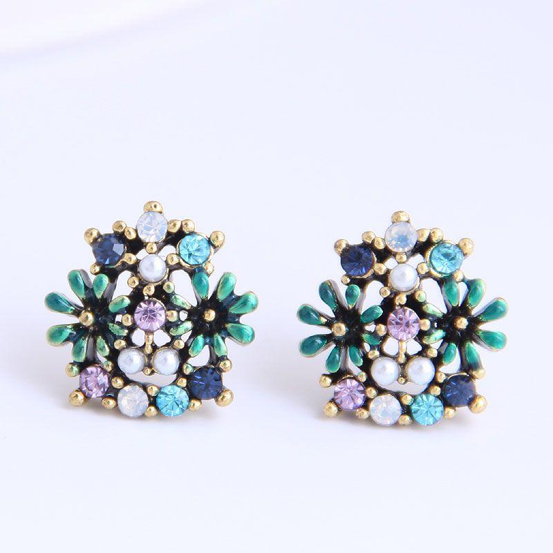 Korean fashion sweet simple small chrysanthemum earrings yiwu nihaojewelry wholesale NHSC210433