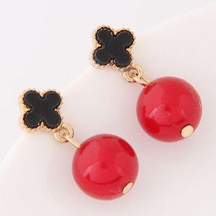 Korean fashion sweet four-leaf clover OL ball earrings yiwu wholesale NHSC207118's discount tags