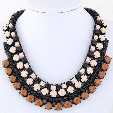 Mode exagéré collier de pierres précieuses en métal fluorescent yiwu en gros NHSC207147's discount tags