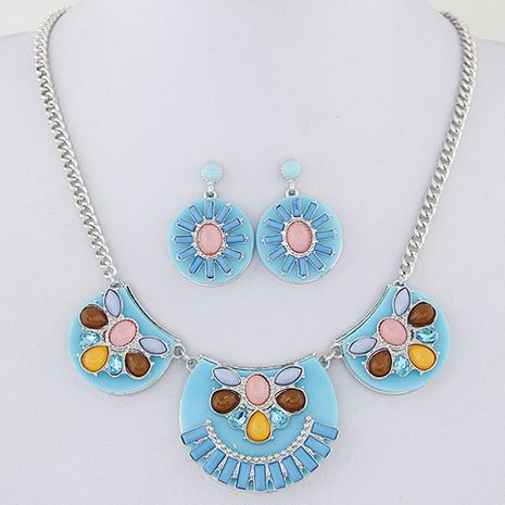 Fashionable metal gorgeous simple accessories necklace earrings set yiwu wholesale NHSC207146's discount tags