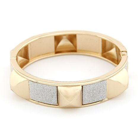Bracelet punk rivet de mode yiwu en gros NHSC207137's discount tags