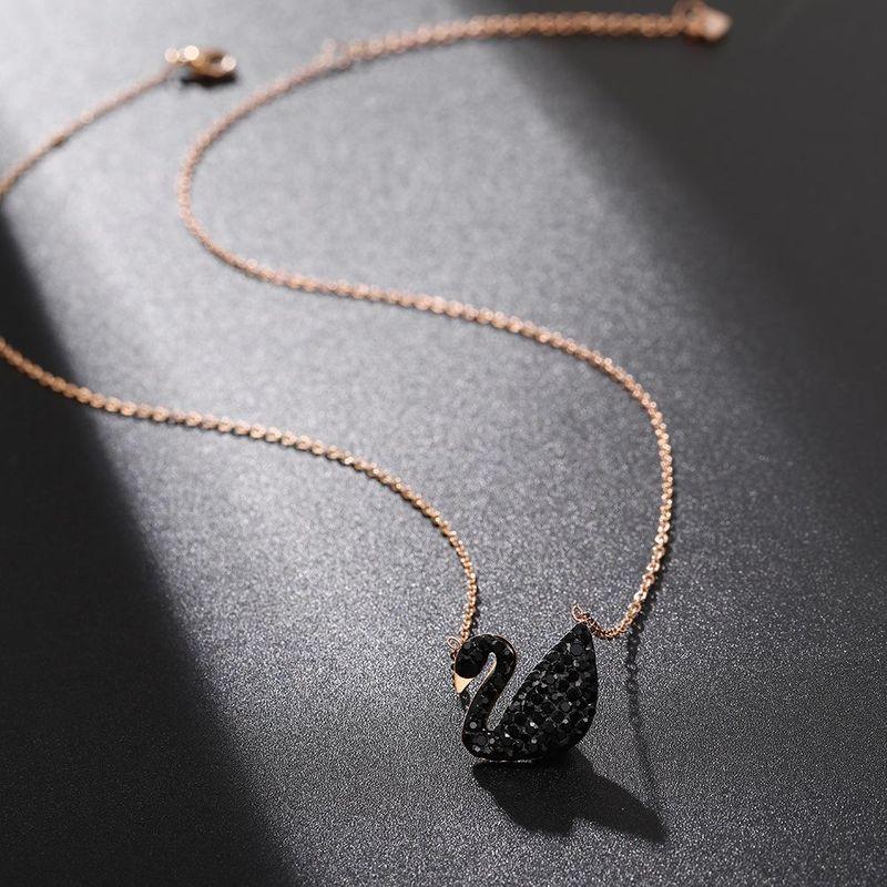 Korean black full diamond swan pendant clavicle chain women wholesale NHJJ206731