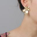 New fashion metal flower earrings retro simple gold alloy earrings wholesale NHJJ210496