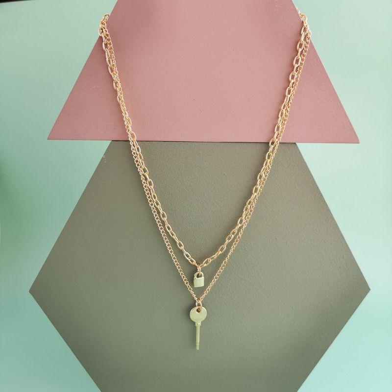 New fashion retro lock key pendant necklace multilayer wild necklace wholesale NHJJ210539
